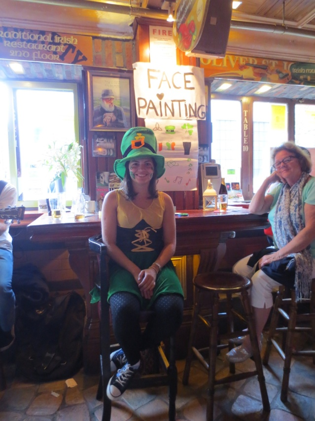 Bar stool or face painting station, you decide ;-)