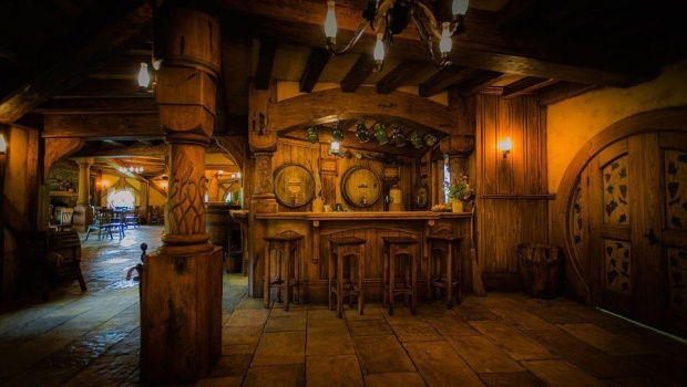 The interior was absolutely gorgeous with little Hobbit signs and notes everywhere and a proper pub feeling.