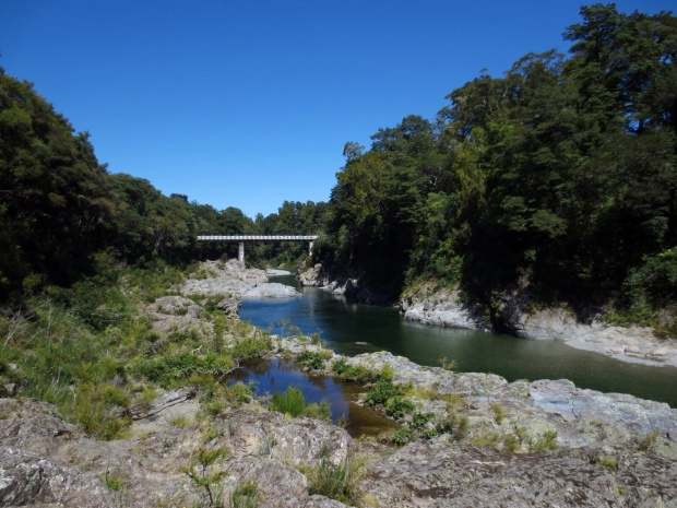 Pelorus River and the Pelorus Bridge