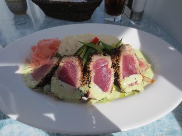 Freshly caught tuna... TehNomz