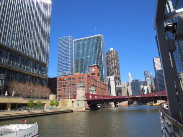 The cityscape is so beautiful in Chicago, you should visit just for that.