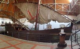 Life-size replica of the Dias Caravel (for 20 extra rand you get to go ON it)