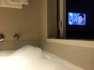 The Fugitive on TV... from the tub