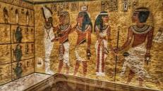 Jennifer captured this inside Tutankhamon's tomb <3